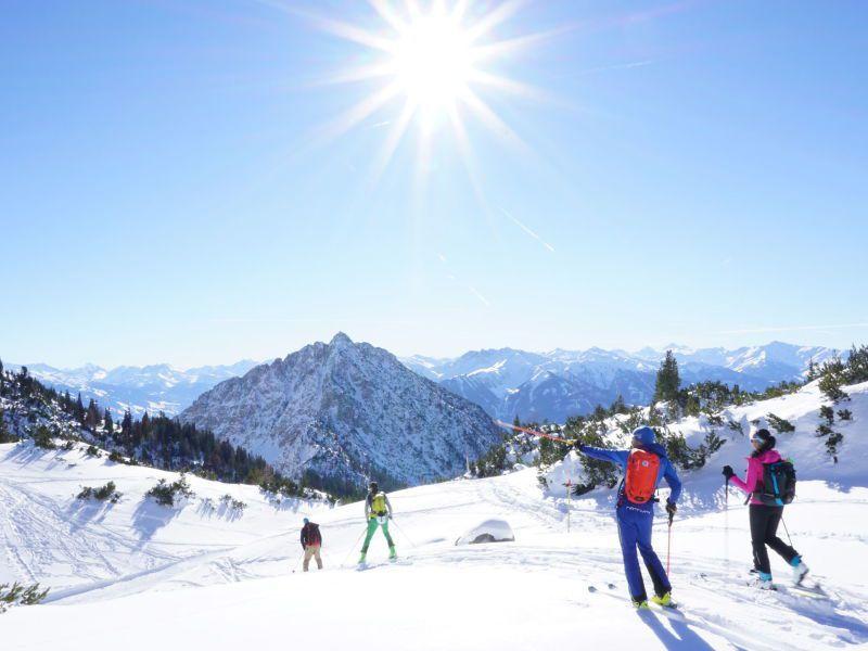 Skitour bei Wolkenlosem Wetter