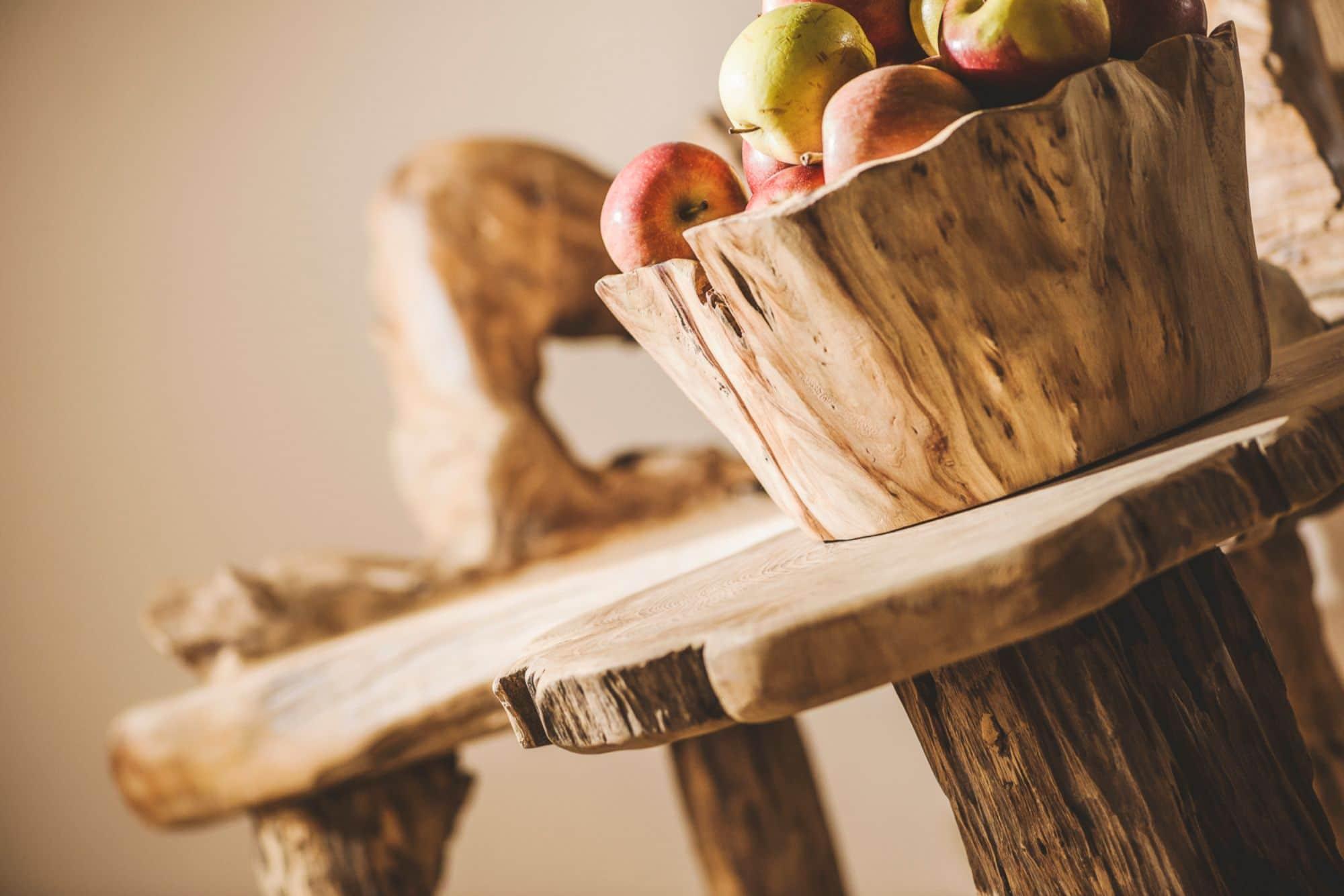 Apfelkorb mit Saftigen Äpfeln